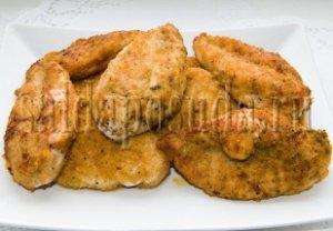 Куриное филе, обжаренное в сухарях